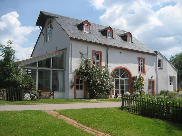 """Tagungs-und Ferienhaus """"Die Mühle"""" - Hentern - Casa"""