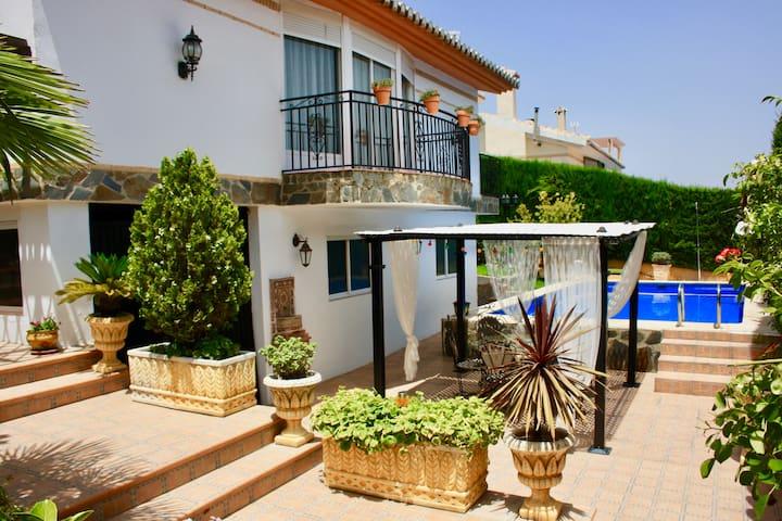 Villa Romana Granada: La estancia Perfecta. - Otura
