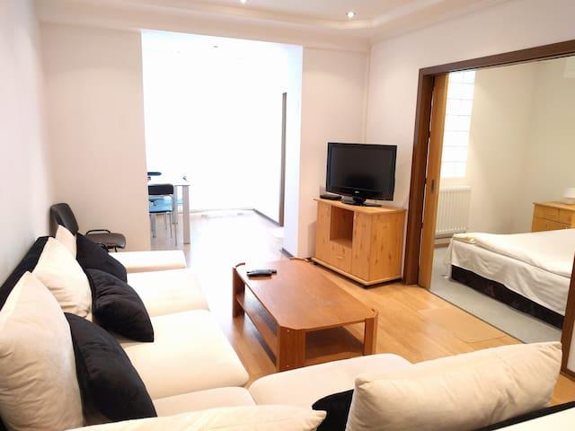 Sunny 2 Bedroom Apartment in Poiana Brasov - Brașov - Appartement