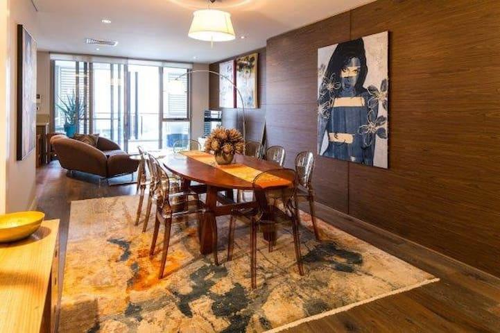 Luxury Apartment in the centre of Claremont - Claremont - Leilighet