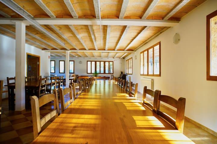 El SALT casa rural i de colònies per grups - Mura - Apartamento