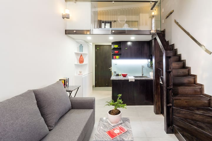 Cozy loft with mellow lighting, Quiet & Central - Ho Chi Minh City - Loteng Studio