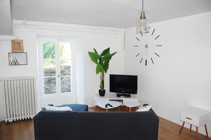 Studio 40 M2, Entre Ville Et Rivière. - Les Ponts-de-Cé - 一軒家