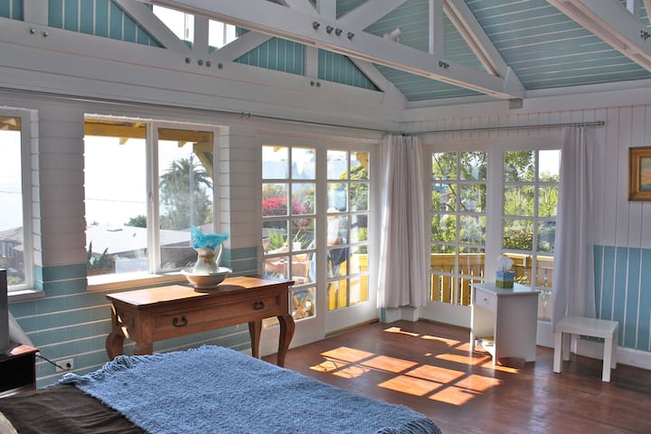 Unique Beautiful Full Oceanview Bungalow - Laguna Beach - Bungalow