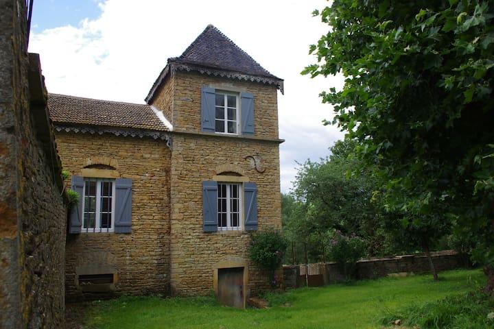 Pavillon de charme en Bourgogne - Massy - Ev