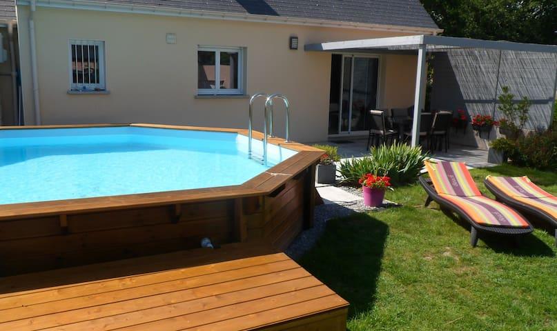 Maison avec piscine chauffée, à 8 km de la plage - Assérac - Casa
