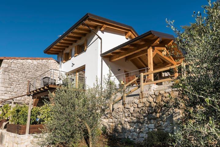 House Gilda - panoramic loft for 4 - San Rocco - Talo