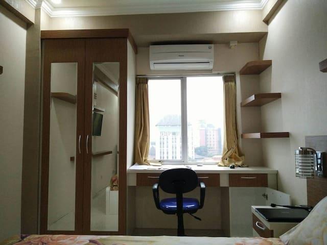Newly Furnished Studio Apartment Near Brawijaya - Malang