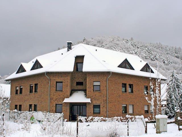 Spacious Apartment Ferienapartments Adenau 5410.4 - Adenau - Appartement