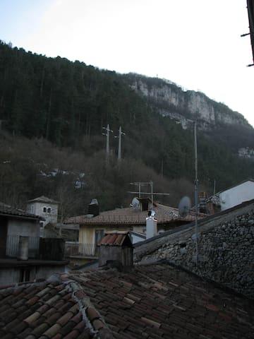 Centrale e in stile classico - Tagliacozzo - Lägenhet