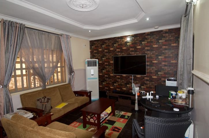 Cute and Cozy - Abuja - Bungalov