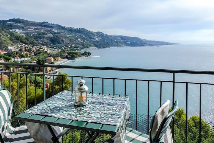 Sunny apartment with sea view - Mortola Inferiore - Byt