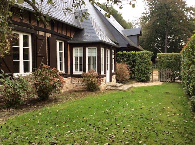 Belle maison normande rénovée - Sassetot-le-Malgardé - Hus
