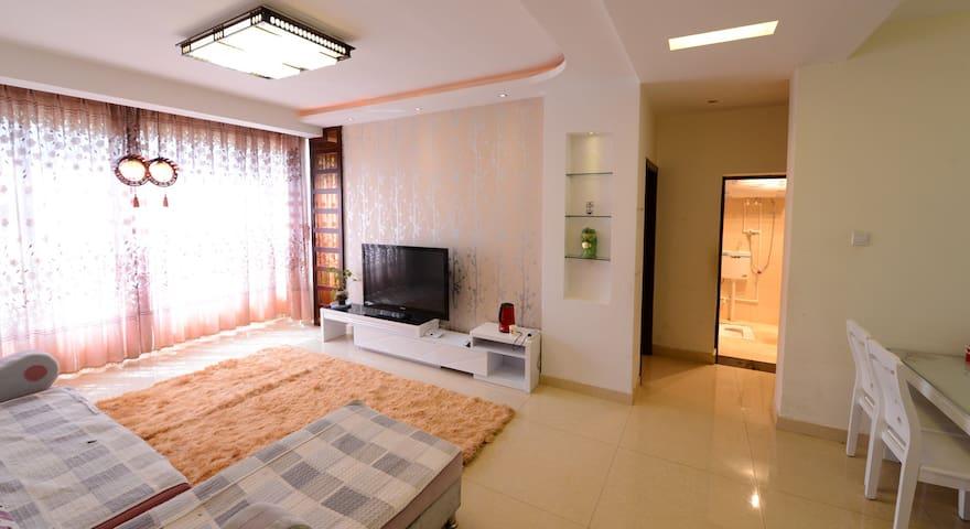 三室两厅90平方公寓式楼房(我在丽江的家) - 丽江 - Huoneisto