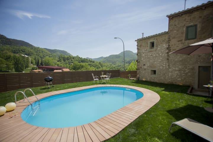 El Reliquier: Alojamiento rural con encanto Bruna - Vallfogona de Ripollès - Hus