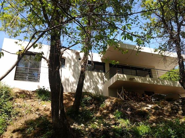 Maison au cœur des montagnes - Muro - Casa