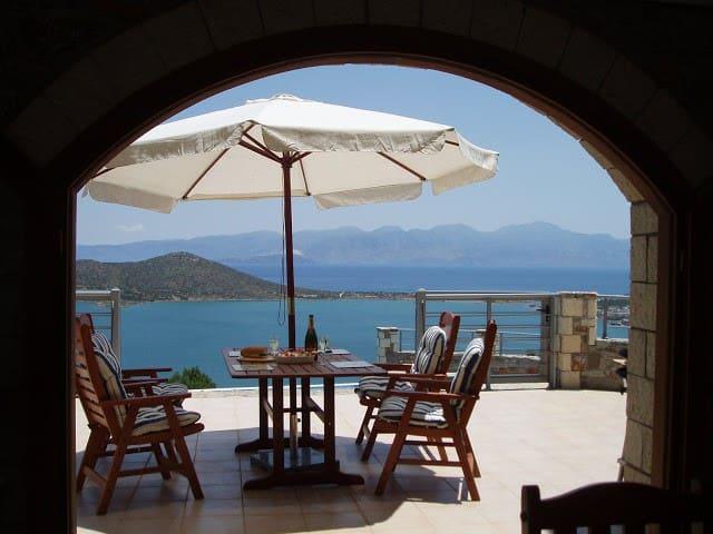 Exceptional, individual private villa - Elounda - Hus
