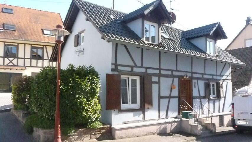 La Maison Bleue Strasbourg campagne - Truchtersheim - Casa