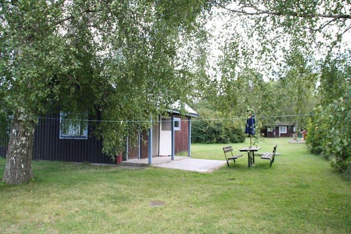 Gotlandstugor, stuga 2 - 비스뷔 - 통나무집