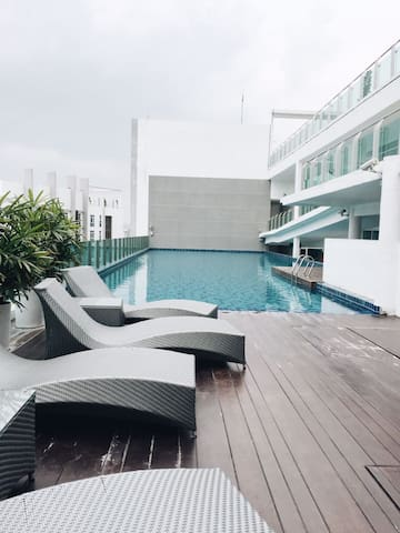 AFFORDABLE STAY WITH ROOFTOP POOL!!! @xloma_my #1 - Kuala Lumpur - Inny
