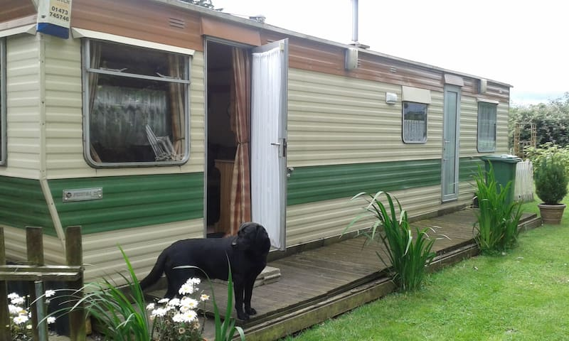 Cosy Mobile home at rear of property - Mulbarton - Chalet