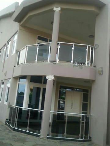 Bella Villa - Accra, East Legon - Hus