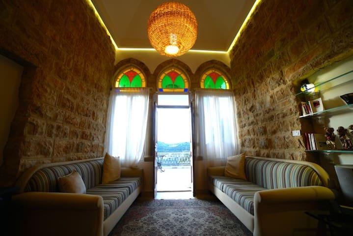 Traditional Lebanese House - Beit Al Dine - Hus