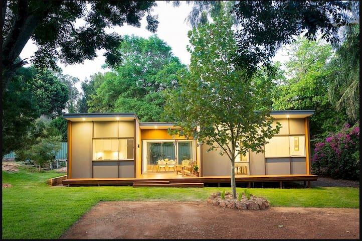 Self contained house - Lesmurdie - Casa