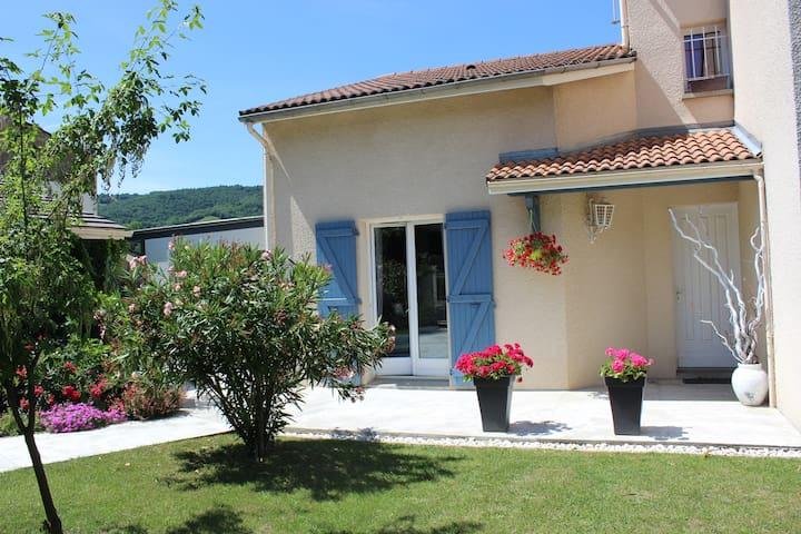 Maison provençale avec jardin - Tournon-sur-Rhône