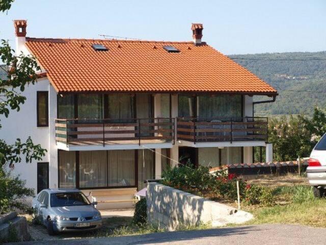 Apartment in Pobegi-Koper Slovenia - Pobegi - Appartement