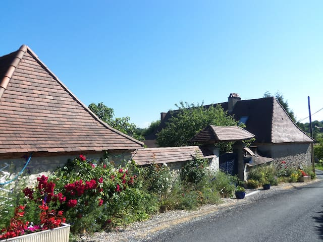 Maison a la campagne Périgord Noir - FOSSEMAGNE - Hus