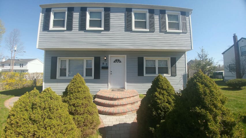 Not Available - Amityville - Apartamento