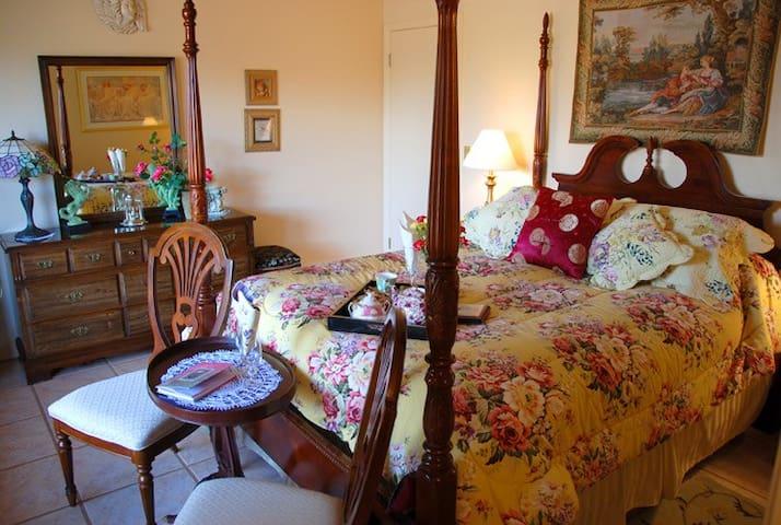 Grace's Secret Red Rock Vista with Yummy Breakfast - Sedona - Bed & Breakfast