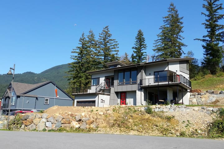 Pilots' Loft 2, B&B with breathtaking view - Agassiz - Wikt i opierunek