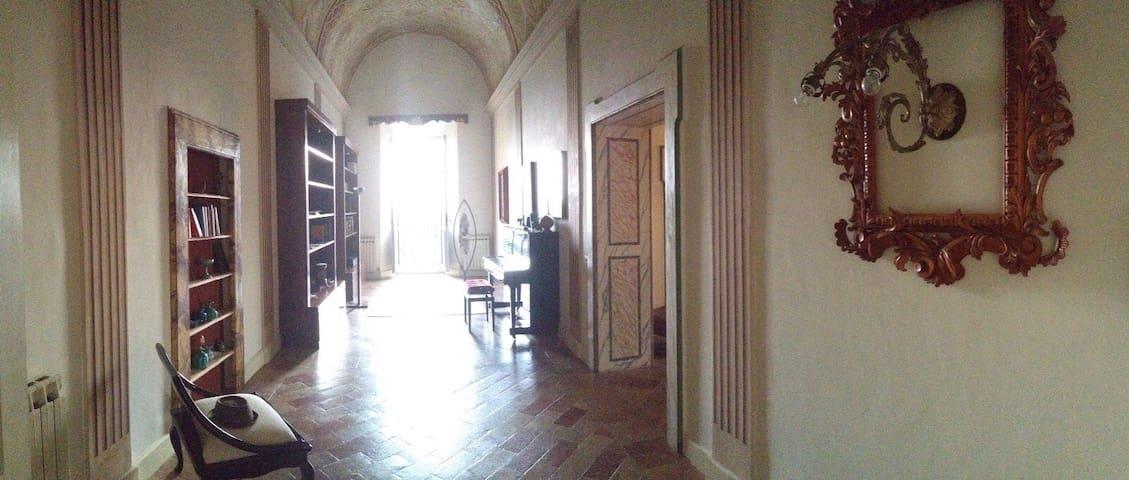 Appartamento in centro storico - Morrovalle - Daire