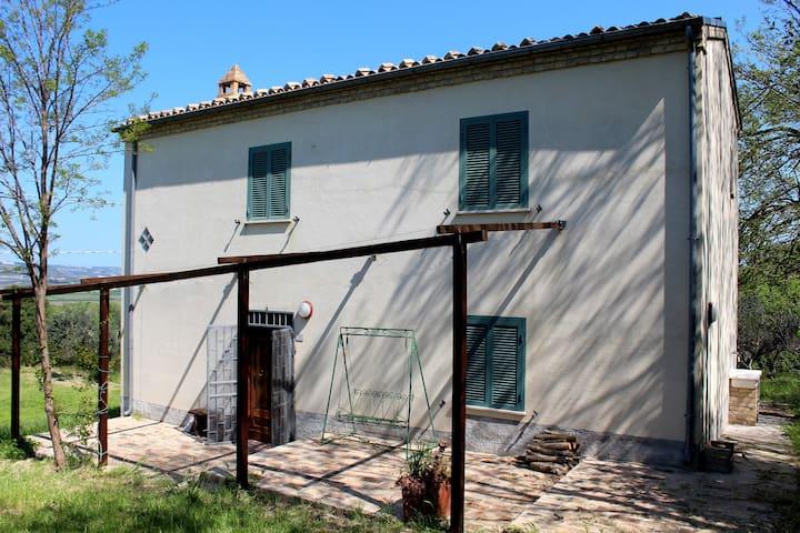 "Casale ""I Ciclamini"" - Torino di Sangro - Huis"