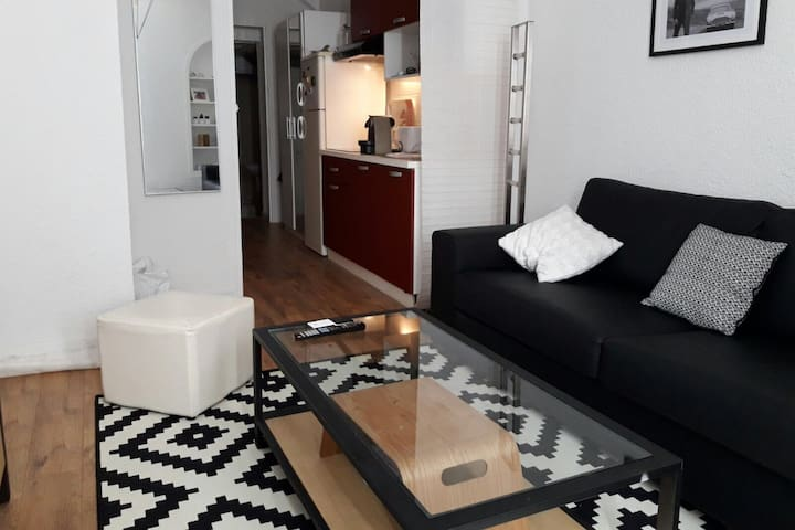 Flat in the city center - Ollioules - Appartement