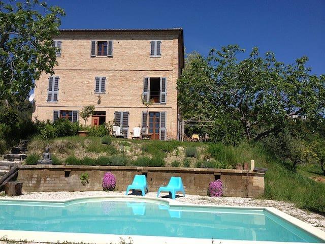 Villa Moltini - entire villa - Carassai - Hus