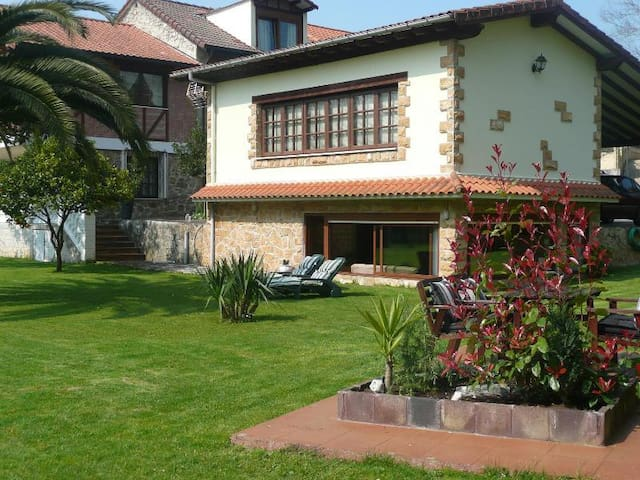 Cottage in Cantabria - Entrambasaguas