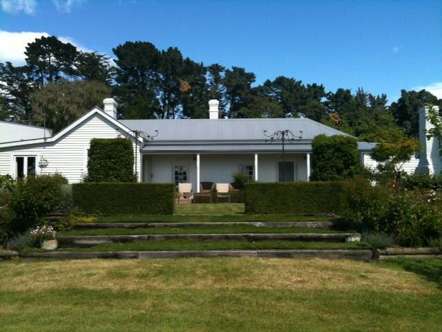 Hist cob cottage  guest wing-room 1 - Loburn - Bed & Breakfast