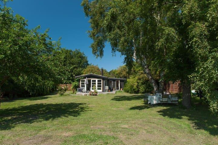 Classic Danish Summerhouse - Hundested - Cabin