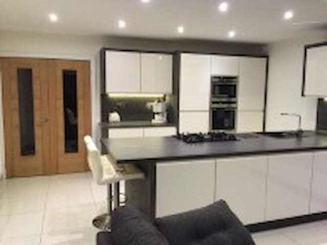 3 bed house for 6 persons. - Dinas Powys - Casa
