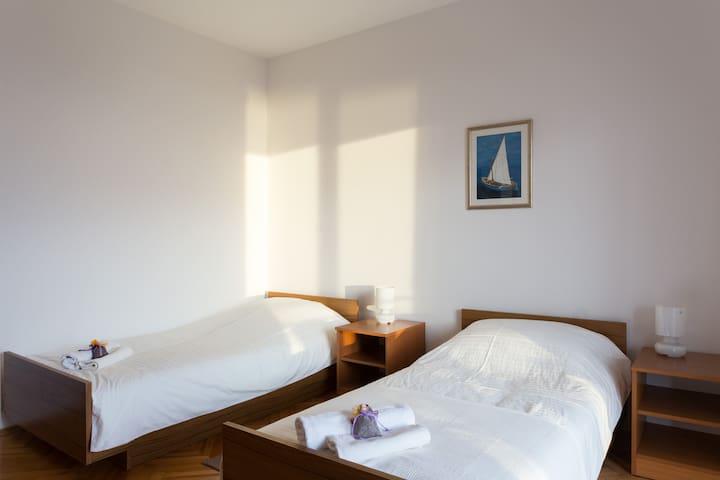 Sea view rooms in Dubrovnik area - Plat