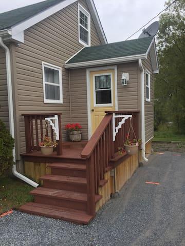 Beautiful Renovated Home Fundy Bay - Back Bay - Ház