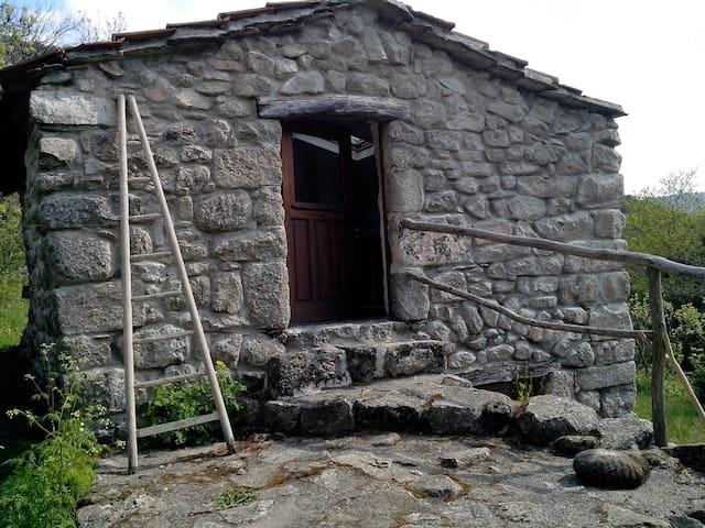 Gîte Sud Ardèche pour 2 pers. en pleine nature - Malarce-sur-la-Thines - Natuur/eco-lodge