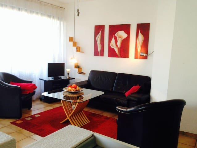nice appartement with balcony/WLAN - Vellmar - Leilighet