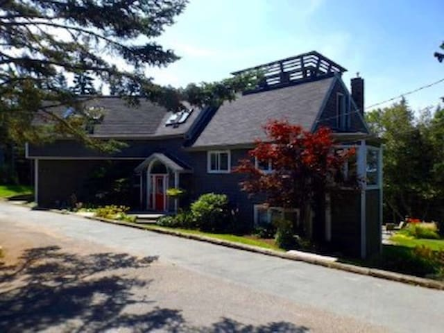 Beautiful Vacation Home - Head of Saint Margarets Bay - Hus