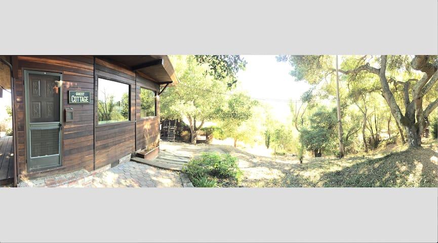 Charming Cottage, Fantastic Views - Orinda