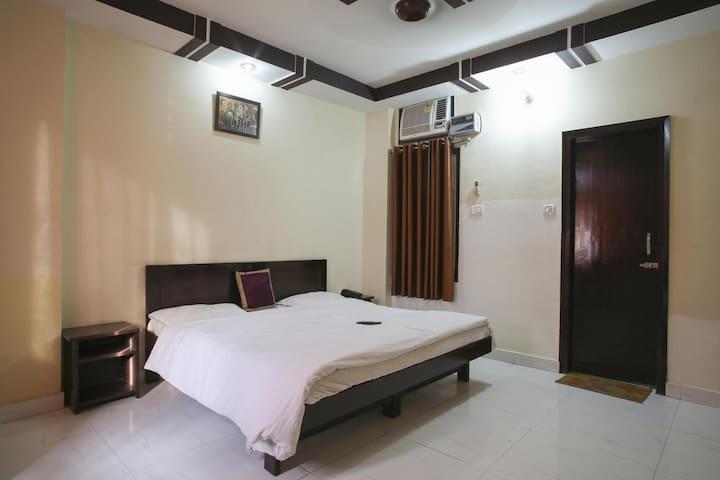 Beautiful Room for Your Comfortable stay - Haridwar - Domek gościnny