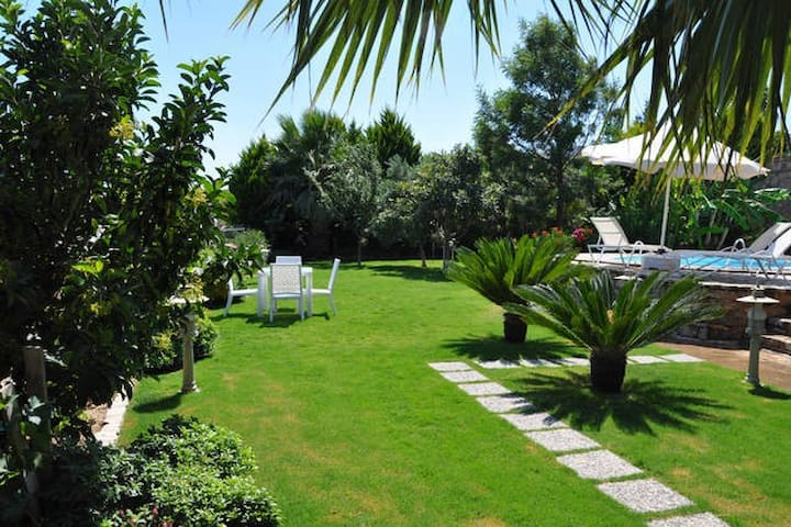 Stunning 1 Bed unit w/garden&pool in Bitez - Bodrum - Apartemen